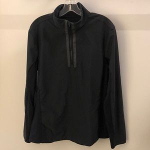 Lululemon men's black 1/2 zip pullover, sz L